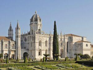 Façade du monastère à Lisbonne.